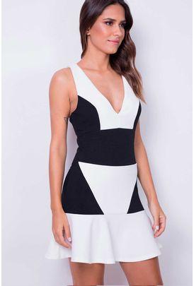 vestido-recortes-babado_163443900_7909366631558