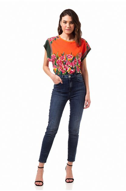 1078367_calca-jeans-bruna-stretch-20111216_z1_637329268533901356