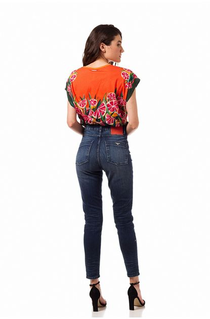 1078367_calca-jeans-bruna-stretch-20111216_z3_637329268580788204