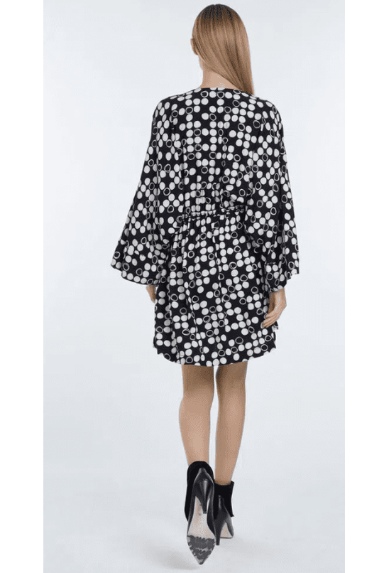 vestido-de-viscose-curto-estampado-tunica-kimono-est-pois-damas-preto-e-aspargo-p-07-02-5830-21083